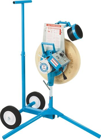 one wheel pitching machine